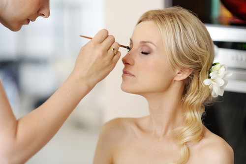 Getting It Right Makeup For Indoor And Outdoor Wedding Photo