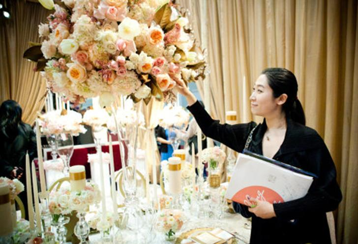 Why hire a wedding planner beautiful wedding memories for Day of wedding planner cost